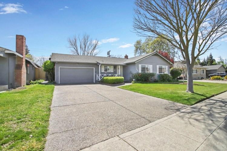 104 W Norwich Drive, Stockton, CA 95207