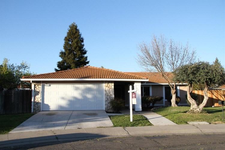 945 Dewitt Court, Stockton, CA 95210