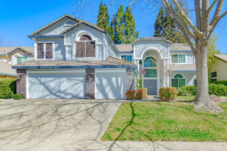 11905 Silver Cliff Way, Gold River, CA 95670