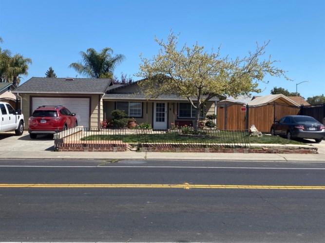15460 Cambridge Drive, Lathrop, CA 95330