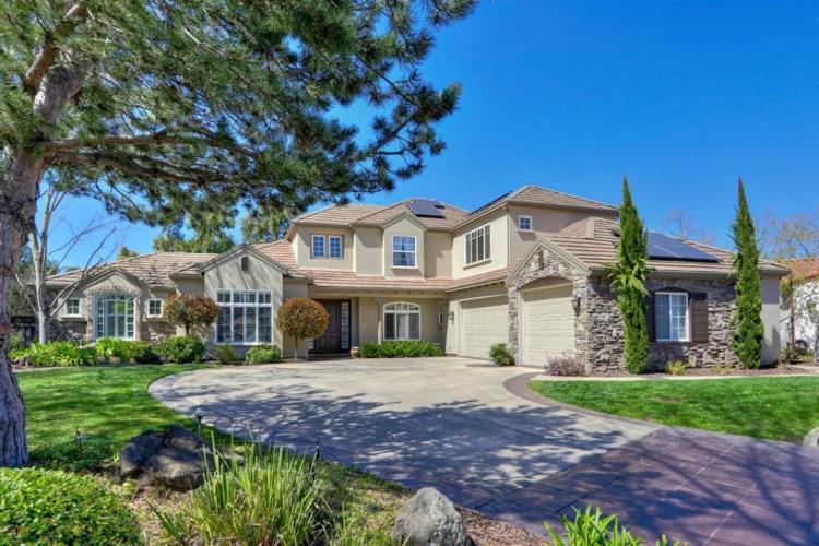 933 Tuscan Lane, Sacramento, CA 95864