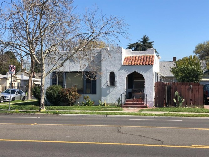 2830 N El Dorado Street, Stockton, CA 95204