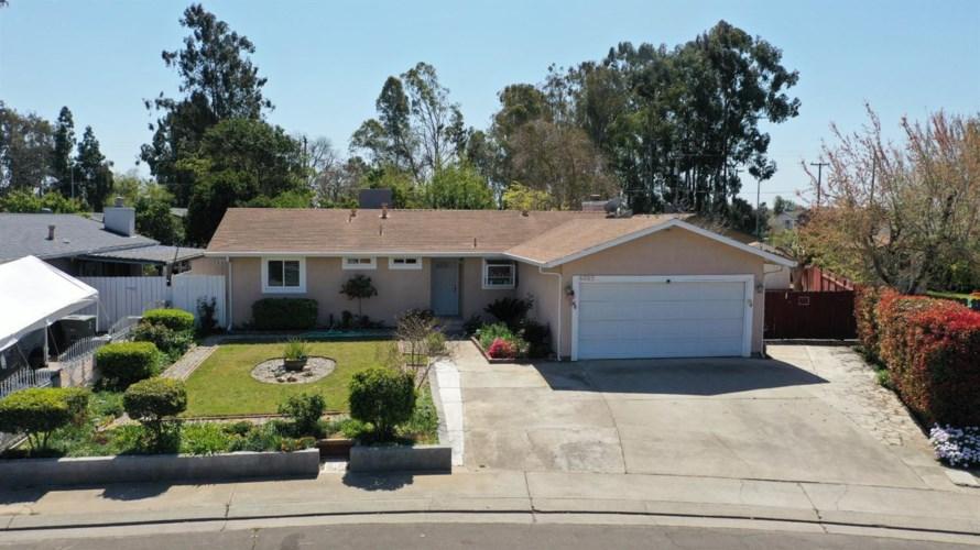 6005 Coad Lane, Riverbank, CA 95367