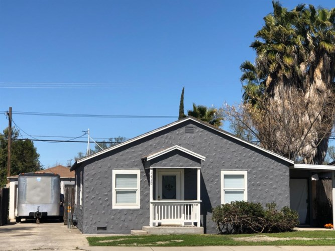 1429 W Orangeburg Avenue, Modesto, CA 95350