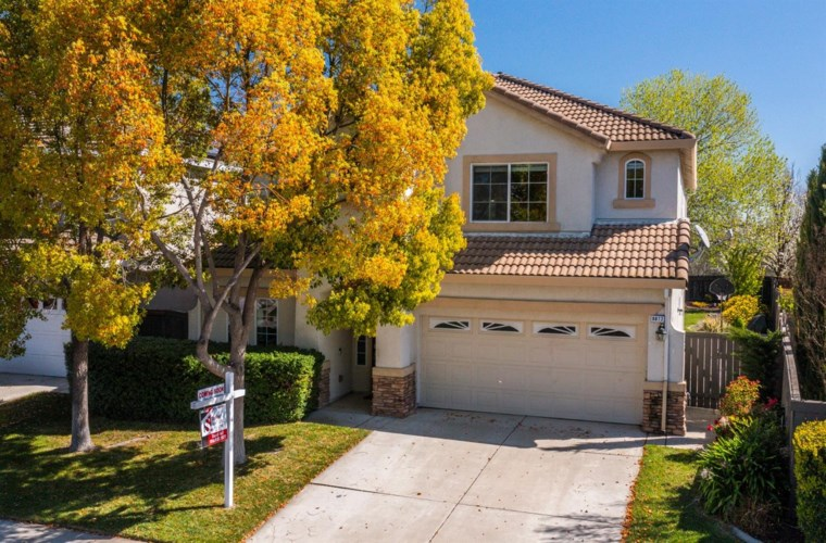 9877 Ruddy Duck Way, Elk Grove, CA 95757