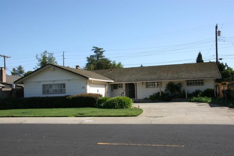 906 Kirkwood Drive, Lodi, CA 95242