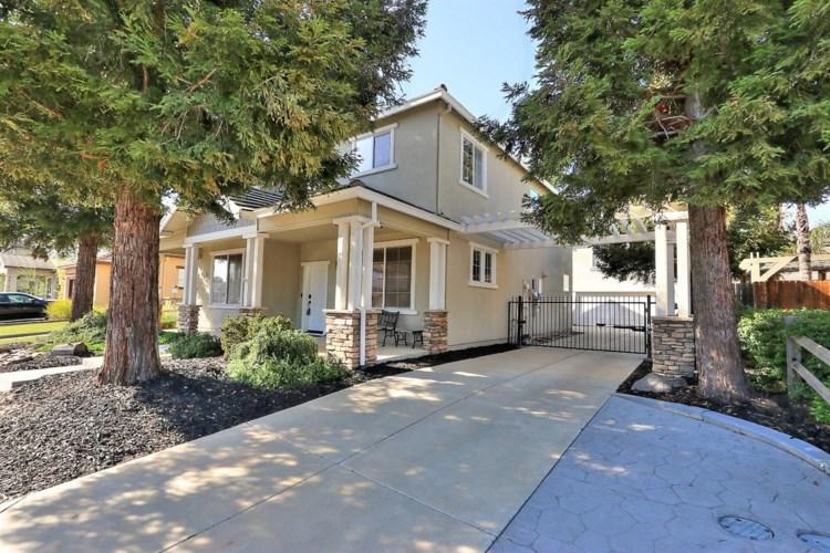 9621 Crisswell Drive, Elk Grove, CA 95624