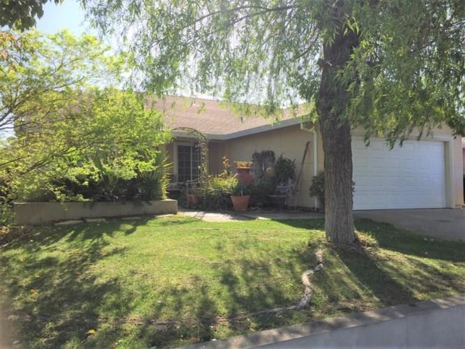 8341 Bergthold Way, Sacramento, CA 95828