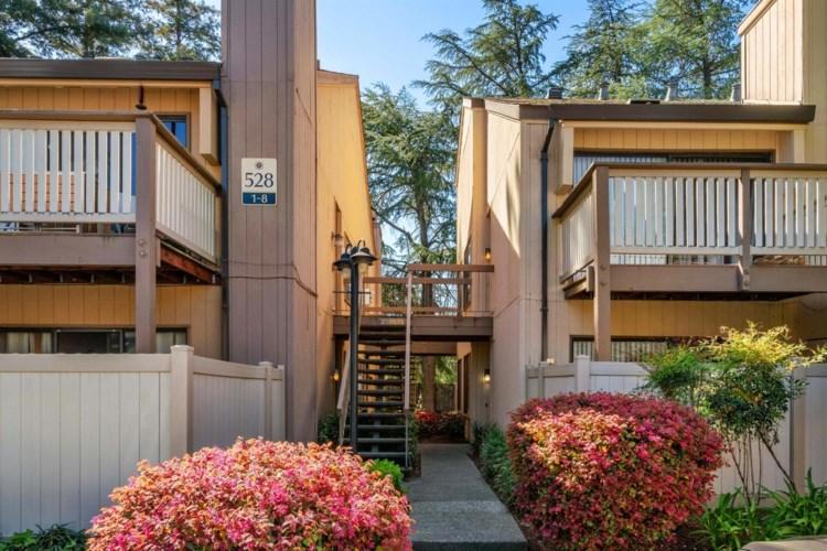 528 Woodside Oaks  #6, Sacramento, CA 95825