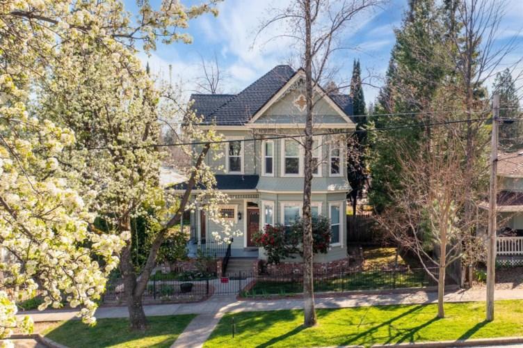 30 Grass Valley Street, Colfax, CA 95713