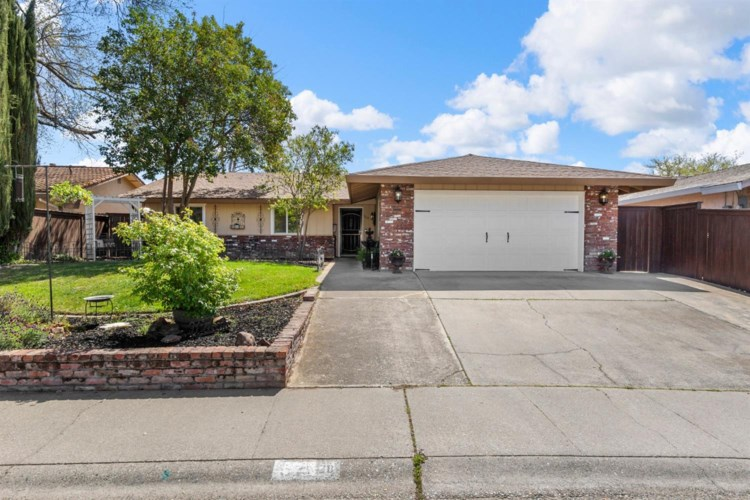 328 Zola Avenue, Roseville, CA 95678