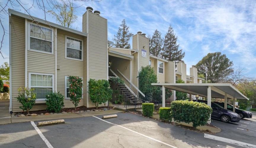 7131 Stella Lane  #32, Carmichael, CA 95608