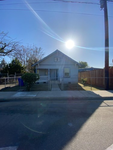 406 West Avenue, Turlock, CA 95380