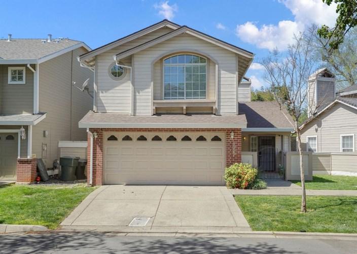 4027 Eastwood Village Lane, Carmichael, CA 95608