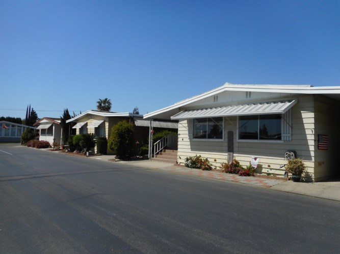 1400 N Tully Road  #4, Turlock, CA 95380