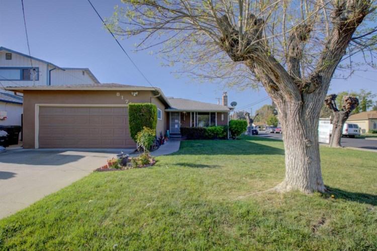 817 Lambaren Avenue, Livermore, CA 94551