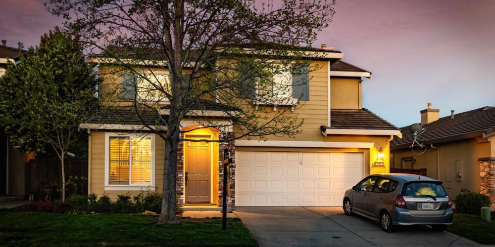 303 Dinis Cottage Court, Lincoln, CA 95648