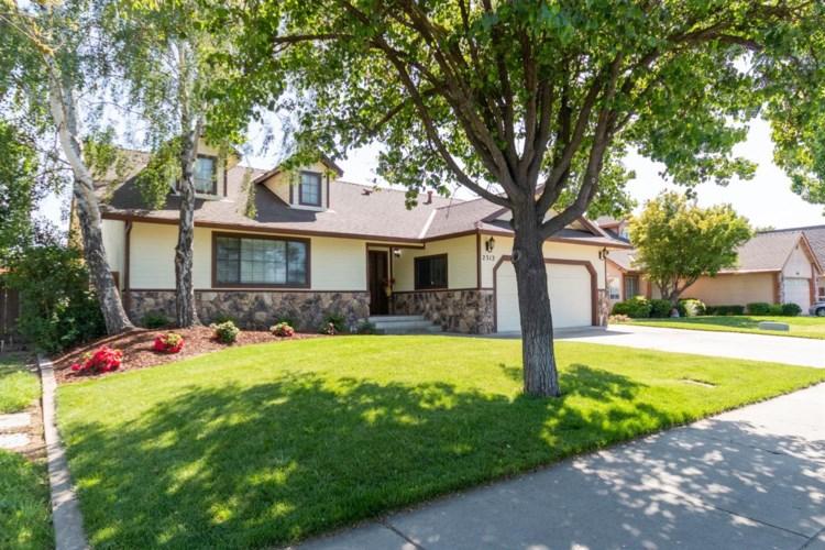 2312 Snyder Avenue, Modesto, CA 95356
