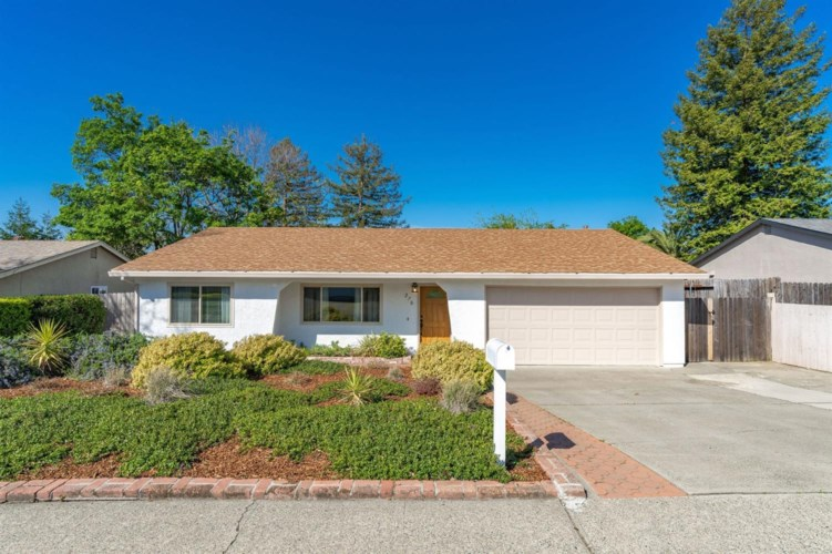 270 Lisawood Drive, Folsom, CA 95630