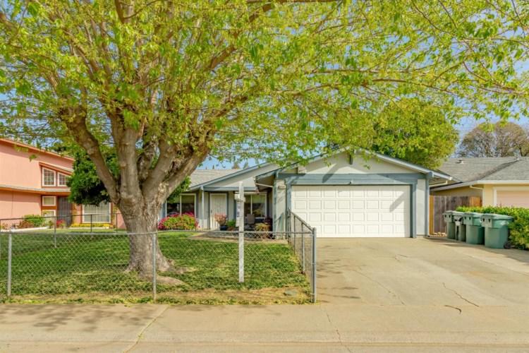 9589 Countryroads Drive, Sacramento, CA 95827