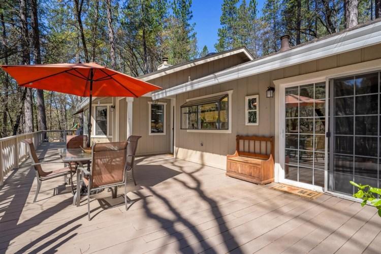 10976 Laurrine Way, Grass Valley, CA 95949