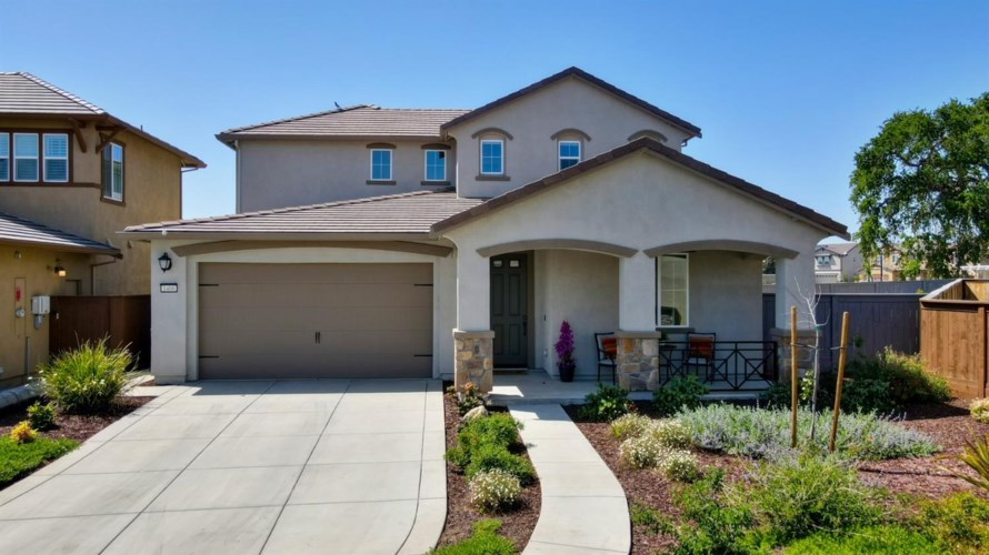 1406 Roth Place, Woodland, CA 95776