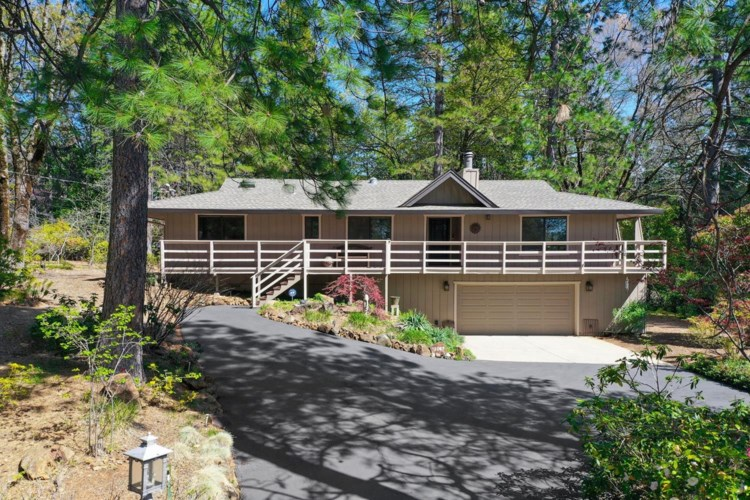 12087 Sunny Slope Drive, Nevada City, CA 95959
