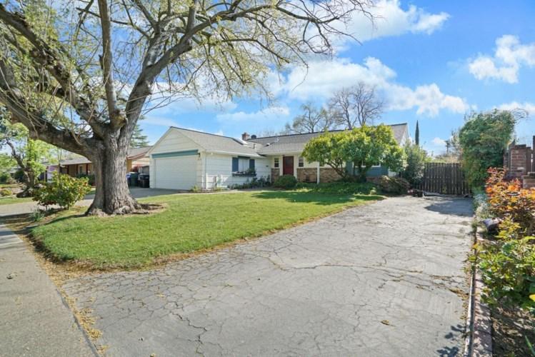 3833 Ballard Drive, Carmichael, CA 95608