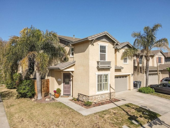 2033 White Fall Court, Ceres, CA 95307