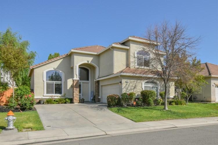2475 Autumn Meadow Avenue, Sacramento, CA 95835