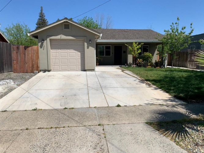 208 Fig Street, Roseville, CA 95678