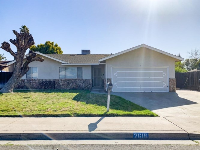 2616 10th Street, Ceres, CA 95307