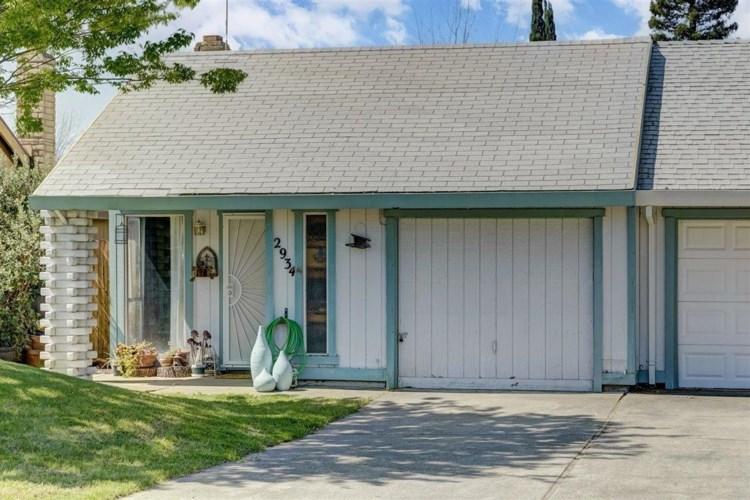 2934 Gwendolyn Way, Rancho Cordova, CA 95670