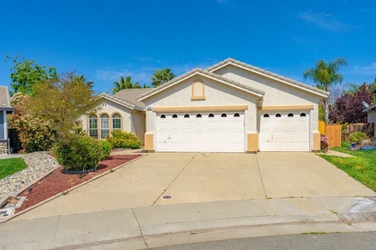 672 Widgeon Court, Lincoln, CA 95648