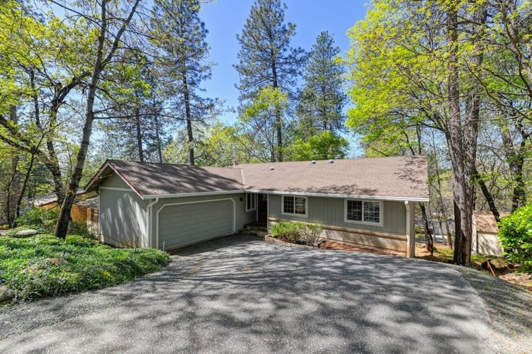 15752 Names Drive, Grass Valley, CA 95949