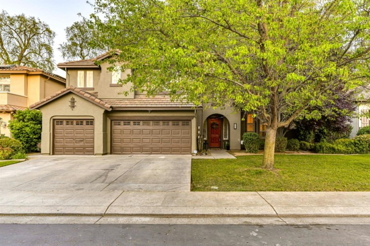 245 Woodhaven Place, West Sacramento, CA 95605