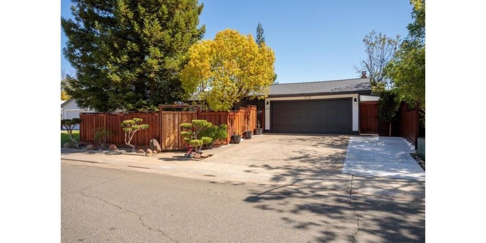 2439 Stokewood Way, Rancho Cordova, CA 95670