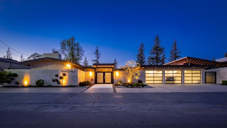 909 Country Club Drive, Modesto, CA 95356
