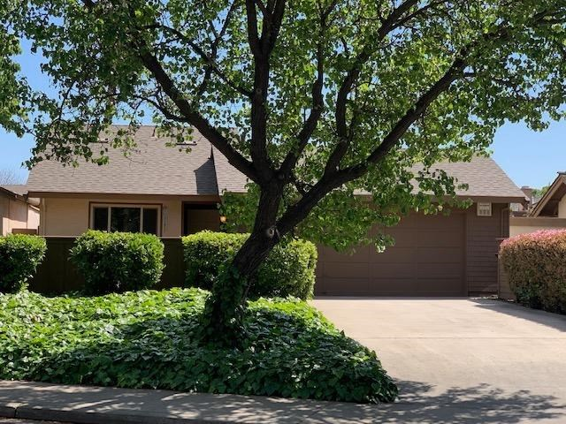 1900 Edgebrook Drive, Modesto, CA 95354