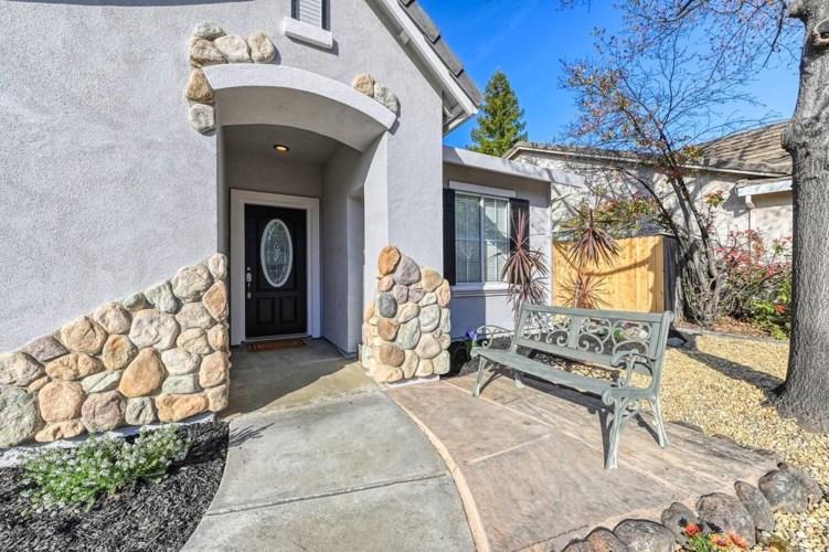 217 Summer Grove Circle, Roseville, CA 95678