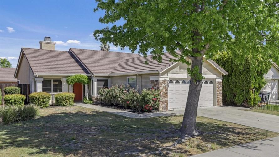 743 Saddleback Court, Tracy, CA 95376