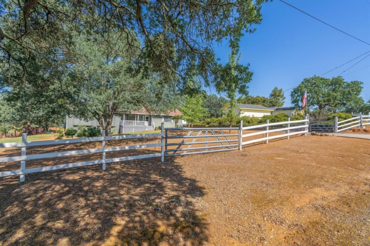 6368 Mccauley Road, Valley Springs, CA 95252