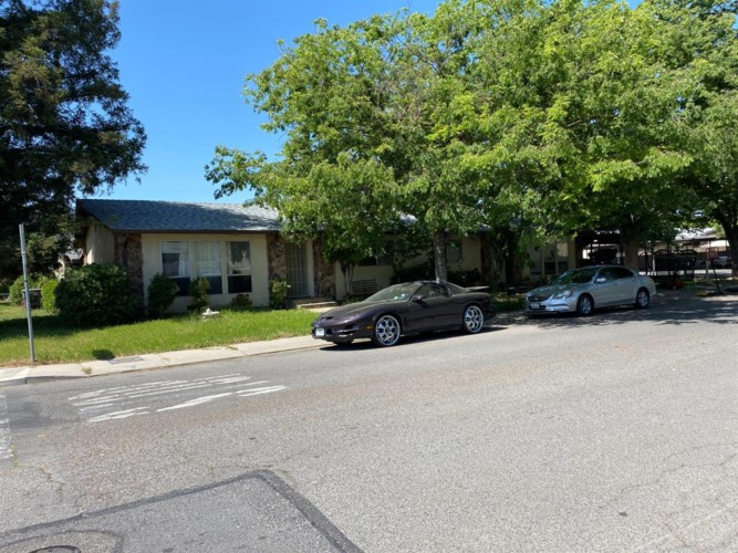 1405 Yarmouth Drive, Modesto, CA 95350