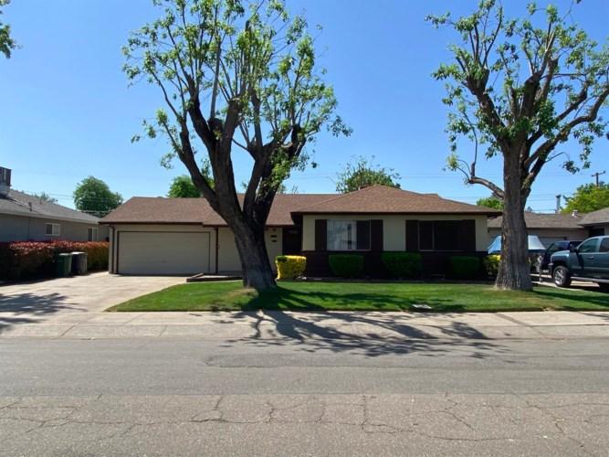 7 N Corinth Avenue, Lodi, CA 95242