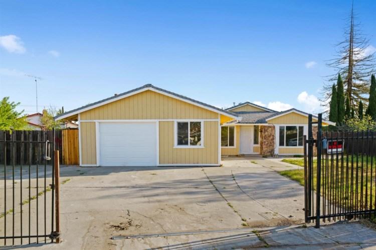 34 Loma Mar Court, Sacramento, CA 95828