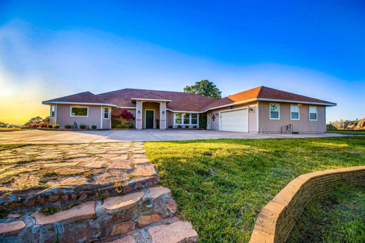 8633 Vista Avenue, Lincoln, CA 95648
