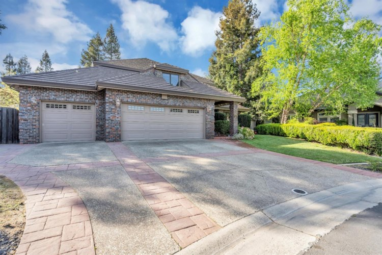 5089 Oak Mello Court, Elk Grove, CA 95758