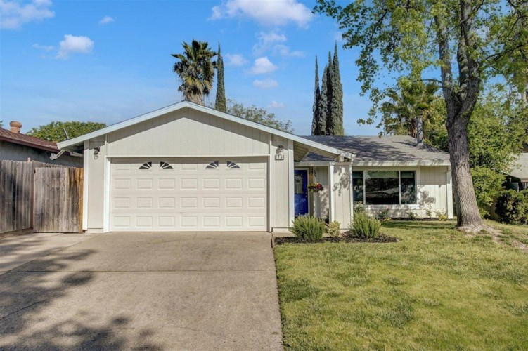 7754 Smoley Way, Citrus Heights, CA 95610