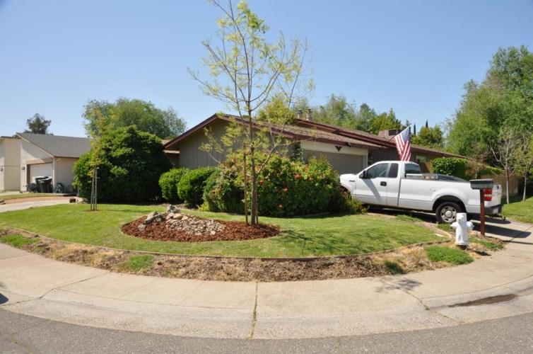 2800 Pepper Oaks Drive, Sacramento, CA 95827