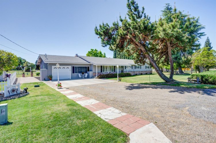 2031 Dunn, Merced, CA 95340